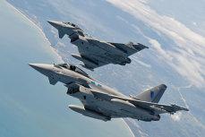 Avioane de vânătoare britanice, trimise din România pentru interceptarea unei aeronave ruse deasupra Mării Negre