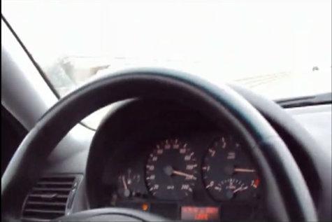 Un şofer a fost surprins cu 235 KILOMETRI LA ORĂ pe autostrada A3. Ce SURPRIZĂ au avut poliţiştii care l-au legitimat