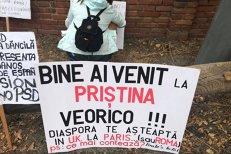 Bine ai venit la PRIŞTINA, Veorico! Românii din Spania protestează faţă de vizita premierului