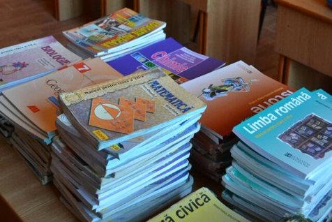 12 este mai MARE decât 16. GREŞELI în manualele de Matematică şi Română. Reacţia Ministerul Educaţiei