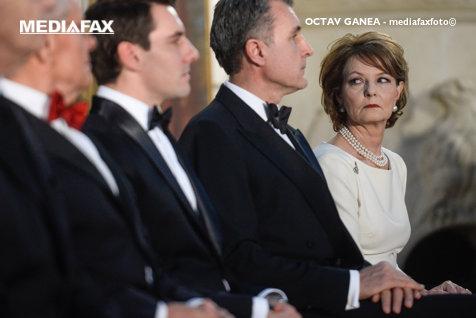 Ce face FAMILIA REGALĂ în ziua NUNŢII fostului principe Nicolae. Cum a rămas mirele fără TITLU NOBILIAR