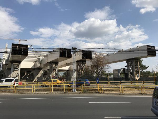 Cum blochează birocraţia refacerea Podului Constanţa.Podul Grant închide parţial circulaţia