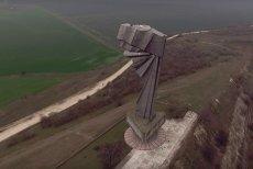 CROAZIERE DE AGREMENT pe Canalul Dunăre - Marea Neagră, din 2019. Traseul scoate din uitare ÎNARIPATA, monument ceauşist depăşit doar de Statuia Libertăţii din New York