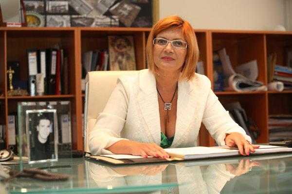 Avocaţii lui C. Adamescu susţin că Alexander ar fi delapidat Unirea Shopping Center cu 200.000 euro