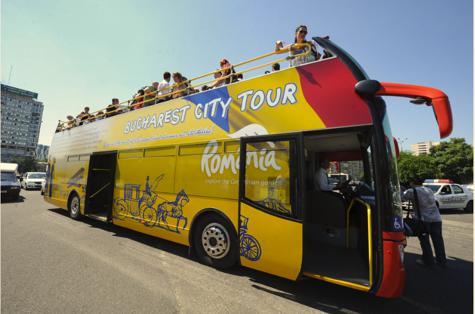 STB retrage autobuzele ETAJATE de pe linia turistică şi introduce linia 361 pentru sezonul rece