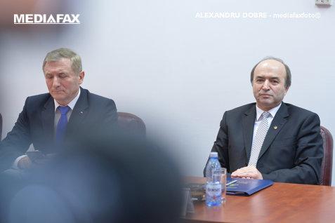 CSM, AVIZ NEGATIV pentru cererea de REVOCARE a lui Augustin Lazăr. Procurorul general: Raportul este un ESEU! Procesul de la Curtea de Apel Alba Iulia, AMÂNAT
