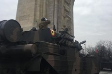 REPETIŢII GENERALE pentru parada militară de 1 Decembrie