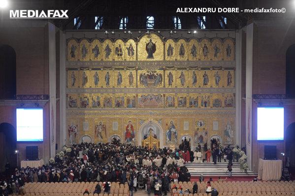 Altar Catedrala Mântuirii Neamului mediafaxfoto