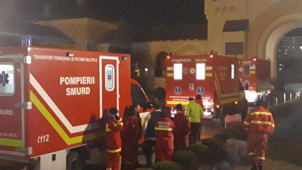Ambulanțele SMURD ajung la Catedrala Reîntregirii Neamului