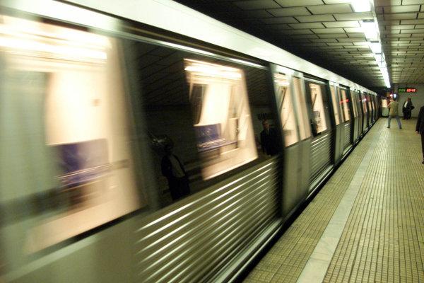 Sindicaliştii de la metrou RENUNŢĂ LA GREVĂ