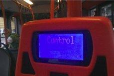 În fază incipientă: STB vrea să introducă PLATA CU CARDUL în autobuz şi negociază cu băncile