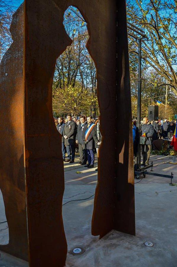 Inaugurarea unei lucrări de artă tridimensională pentru marcarea Centenarului