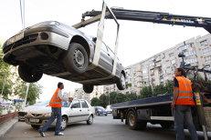 ŞOFERI, atenţie unde vă PARCAŢI maşinile! Capitala cumpără autospeciale pentru RIDICAREA autovehiculelor parcate NEREGULAMENTAR