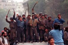 Victimele Mineriadei din 1990 vor primi DESPĂGUBIRI de la statul român