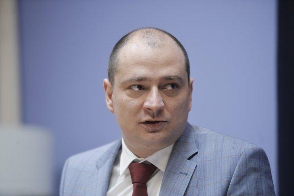 Directoarea Colegiului Şincai nu semnează un acord cu Primăria Sectorului 4: Primarul l-a modificat