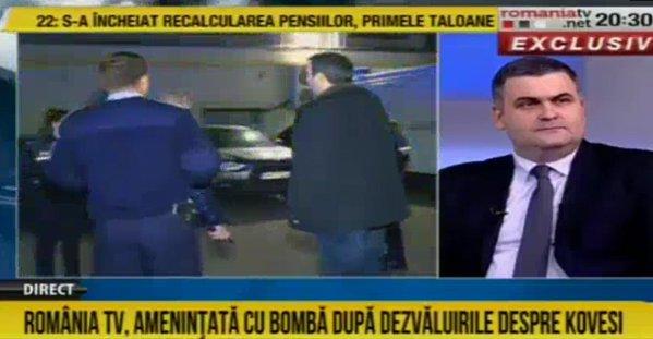 Gabriel Leş în studioul România TV, în timpul cercetărilor pirotehnice
