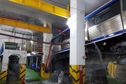 """Incident ÎNGRIJORĂTOR la metrou: Un soft  """"din China, venit via Turcia"""" a dus la ieşirea garniturii de pe linie în depoul Berceni/ Reacţia Metrorex"""