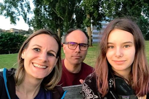 O femeie s-a îndrăgostit de donatorul de spermă care a ajutat-o să conceapă un copil în urmă cu 13 ani