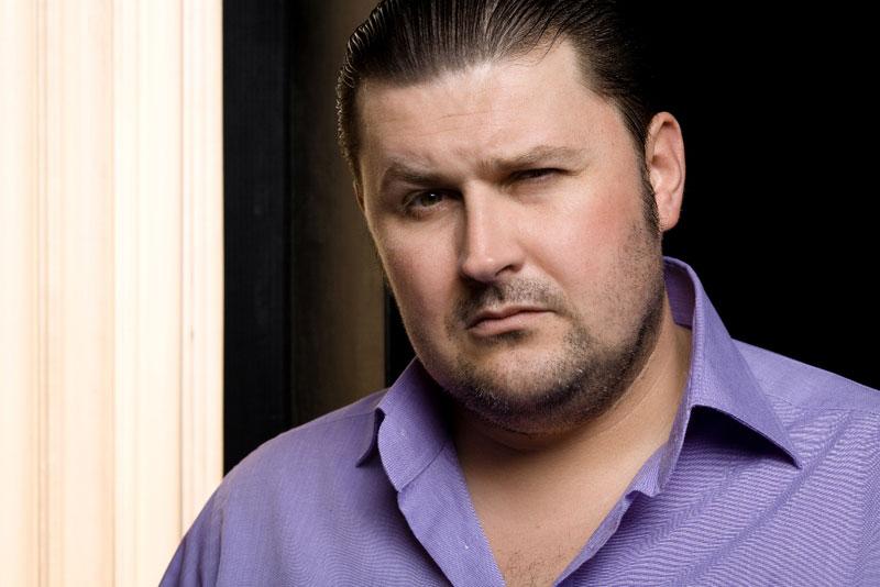 Tony Tecuceanu de la Cârcotaşi a murit după ce a fost diagnosticat cu AH1N1