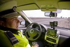 Amendă de 28 de milioane de lei pentru şoferul unui Mercedes prins cu 186 de km/h. CINE E PE PRIMUL LOC ÎN TOPUL VITEZEI