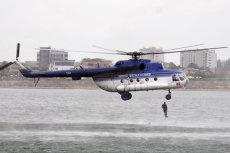 Ca să facă rost de bani, Ministerul de Interne scoate elicopterele la închiriat. Cât e ora de zbor şi ce se întâmplă cu