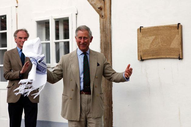 Vizită privată a prinţului Charles în satul harghitean Delniţa