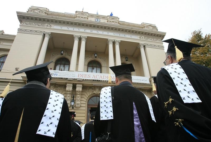 Universităţi clasificate şi finanţate conform nivelului de studii-licenţă, masterat şi doctorat