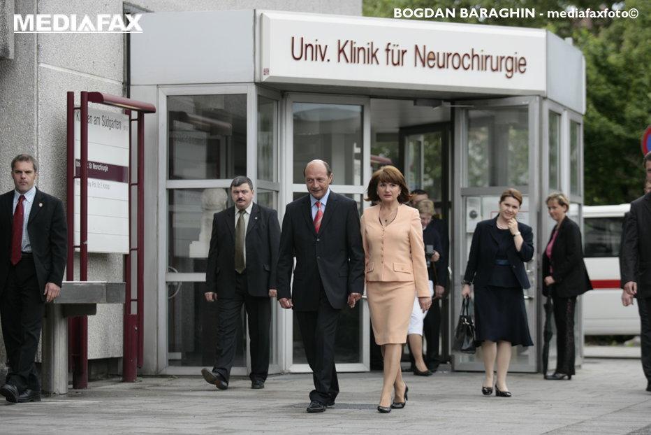 Preşedintele Băsescu, operat la tiroidă la Spitalul Militar