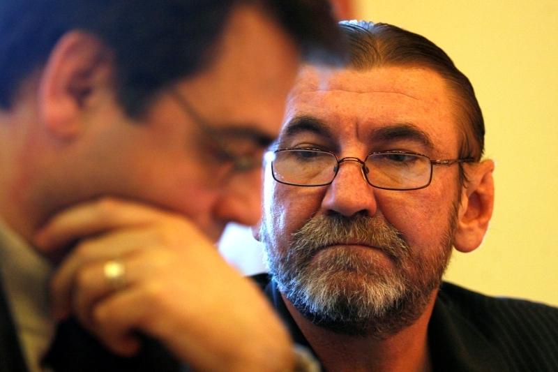 Ce spune vicepreşedintele CNA care a cerut oprirea emisiei postului tv care a difuzat filmul cu Emil Boc
