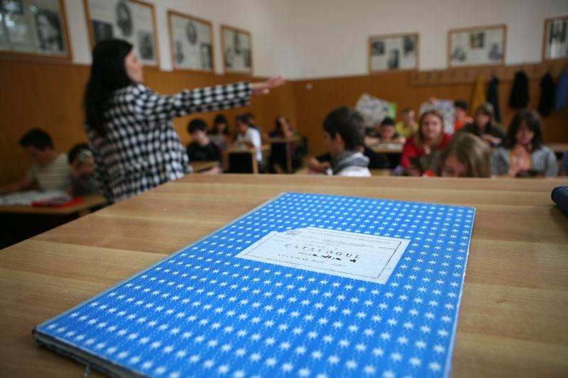 Edu.ro: evaluări pilot pentru clasele a II-a, a IV-a şi a VI-a - între 9 şi 23 mai