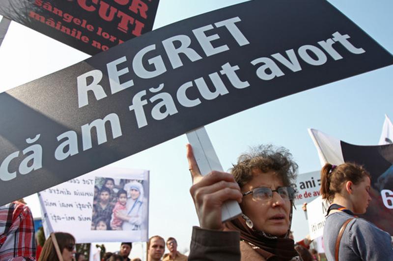 AVORTUL, DOAR CU AVIZ DE LA PSIHOLOG. PDL promovează o lege care să rezolve CRIZA DEMOGRAFICĂ a României