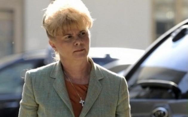 Corina Dumitrescu este acuzată de plagiat alături de soţul ei, deputatul PSD Cristian Dumitrescu