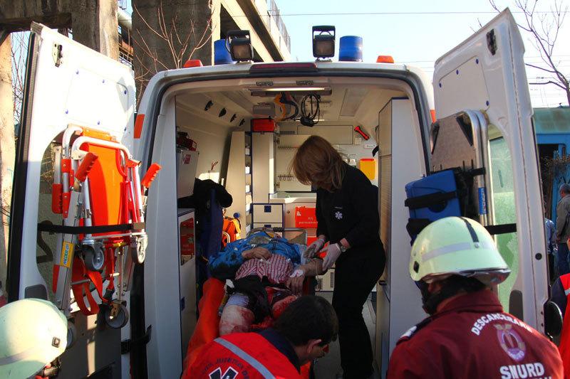 ACCIDENT PE DN 1. Fiica şefului ISU Prahova a murit, iar alte patru persoane au fost rănite