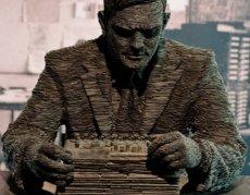 Alan Turing, omagiat de Google Doodle. O nouă anchetă privind moartea sa?