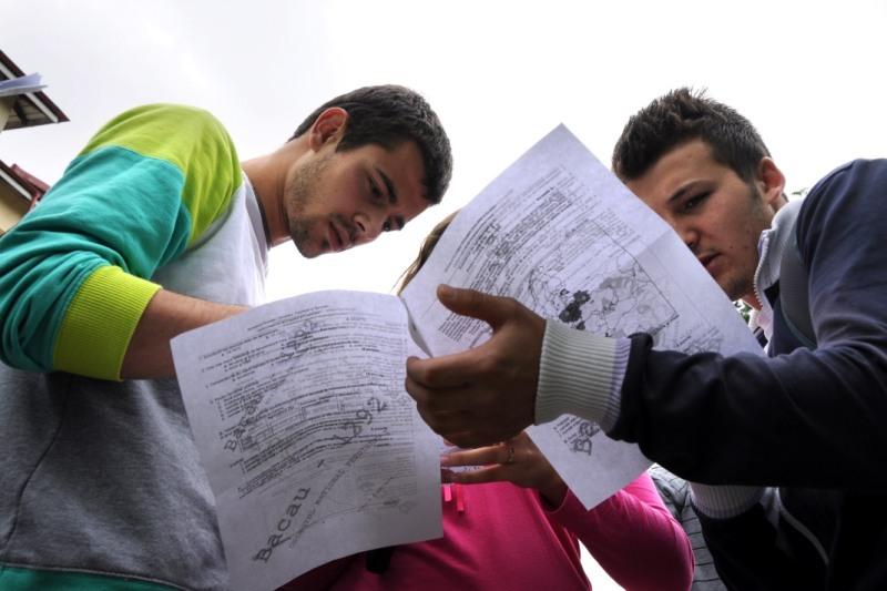BACALAUREAT 2012, proba la română. Ce subiecte au primit olimpicii la BAC 2012