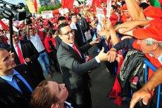 100 de zile de guvernare Ponta: o vizită la o companie, două întâlniri cu oamenii de afaceri, 19 participări la emisiuni TV şi 500 de oameni numiţi în ministere şi agenţii