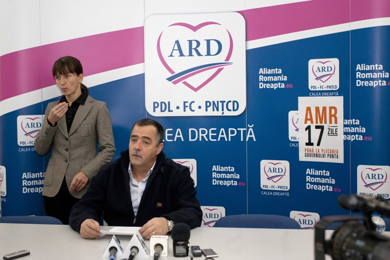 Campanie electorală cu pumni şi picioare la Buzău. Cezar Preda cere