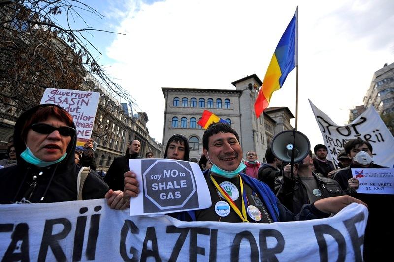 Mai multe localităţi din Constanţa au duminică referendum despre gazele de şist