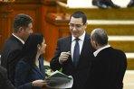 Ponta: Guvernul îşi angajează miercuri răspunderea în Parlament pentru Legea retrocedărilor