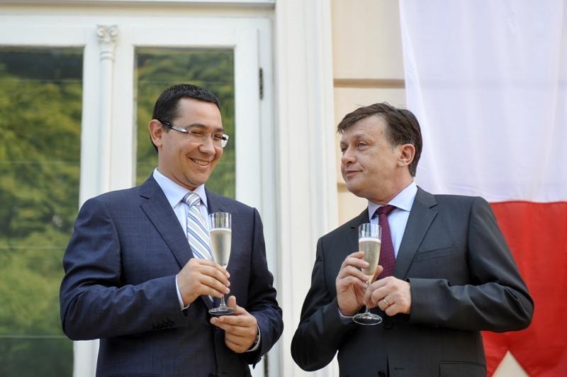 USL modifică legea referendumului. Cum va putea fi demis preşedintele. Ponta: