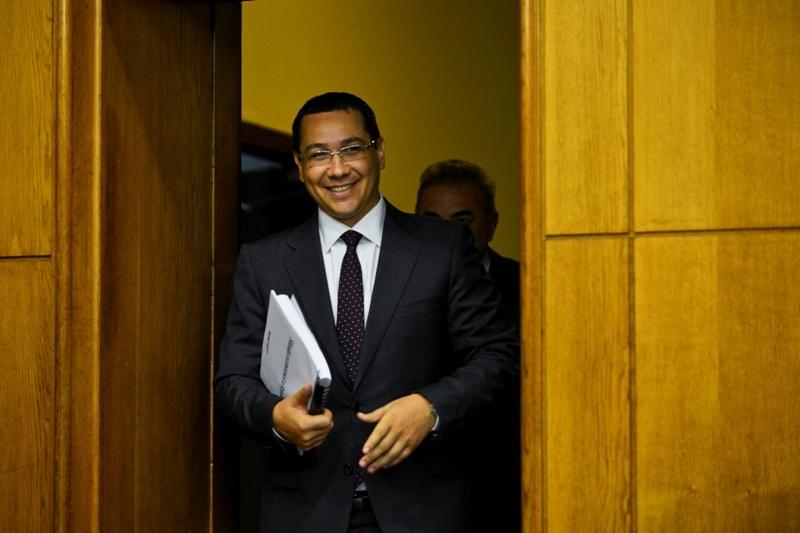 Intrebarea la care NU a raspuns Ponta dupa ce a anuntat reducerea CAS. De ce s-au taiat microfoanele la Guvern