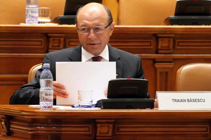 Este acesta finalul? LOVITURA DEVASTATOARE pentru Basescu, la trei zile de la arestarea fratelui sau. Ponta a facut ANUNTUL OFICIAL