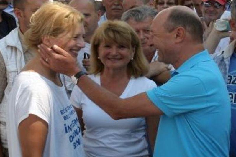 Traian Basescu e LA PAMANT! O noua lovitura dura primita dupa arestarea fratelui sau. Procurorii tocmai au facut ADRESA OFICIALA