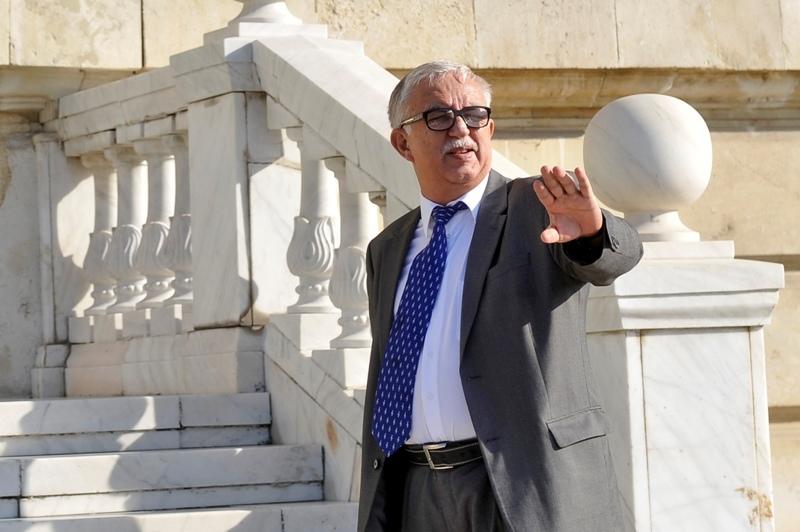 Curtea Constitutionala interzice tuturor demnitarilor declarati incompatibili sa mai ocupe o alta functie eligibila, timp de 3 ani. LISTA celor afectati
