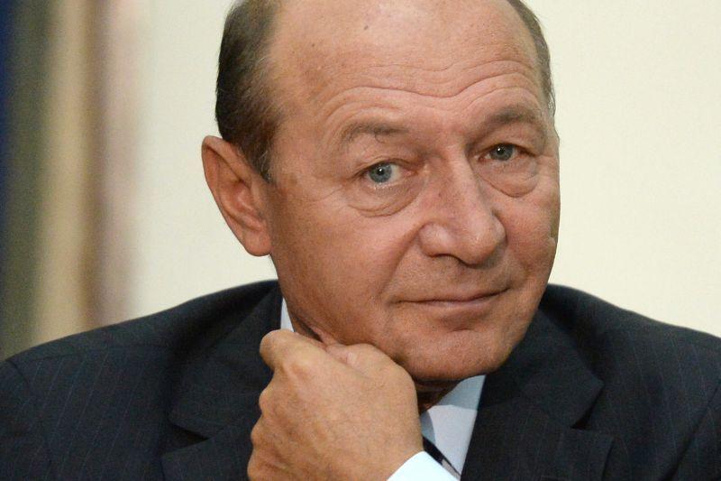 Declaratia de avere a lui Traian Basescu: mai putini bani in conturi, dar si tablouri, bijuterii, ceasuri mai scumpe