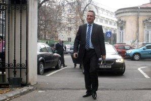 Fenechiu a dat în judecată PNL pentru a recupera datoriile din campania electorală a lui Crin Antonescu