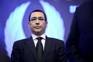 """Ponta, după amânarea învestirii lui Vâlcov: """"Băsescu ori minte, ori e nebun"""""""