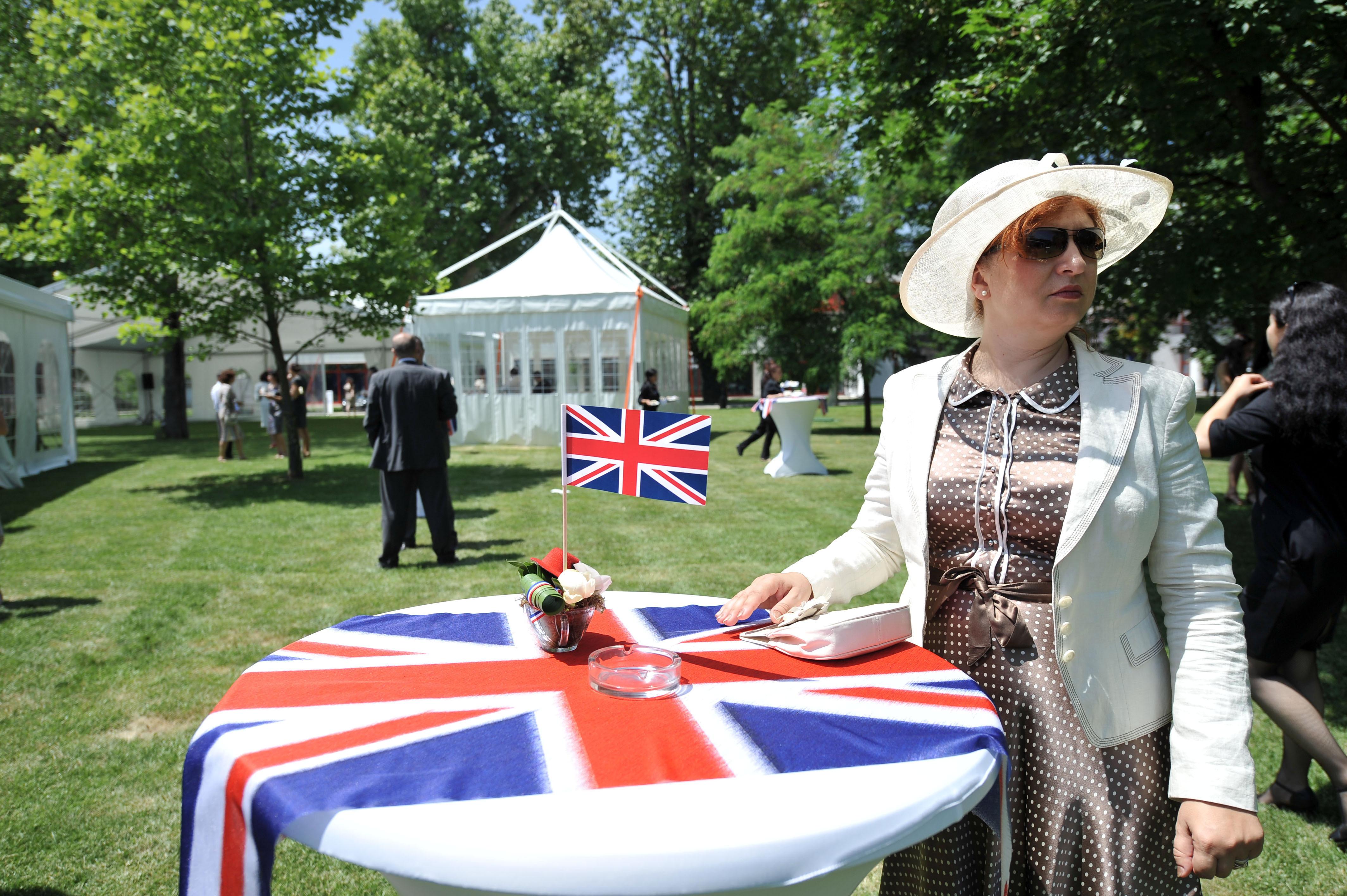 Reactia Ambasadei Marii Britanii fata de ordonanta Ponta-Dragnea care legifereaza traseismul primarilor