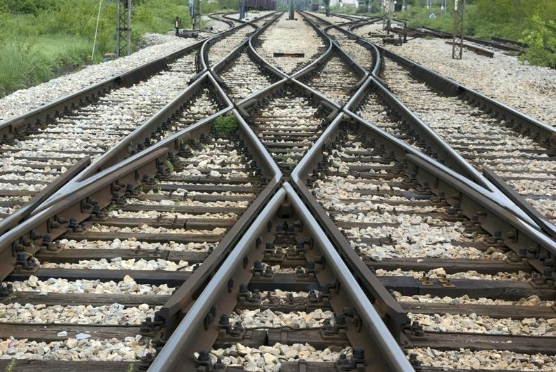 Proiect UDMR: Autostrazi si cai ferate de interes regional, in domeniul public al Tinutului Secuiesc
