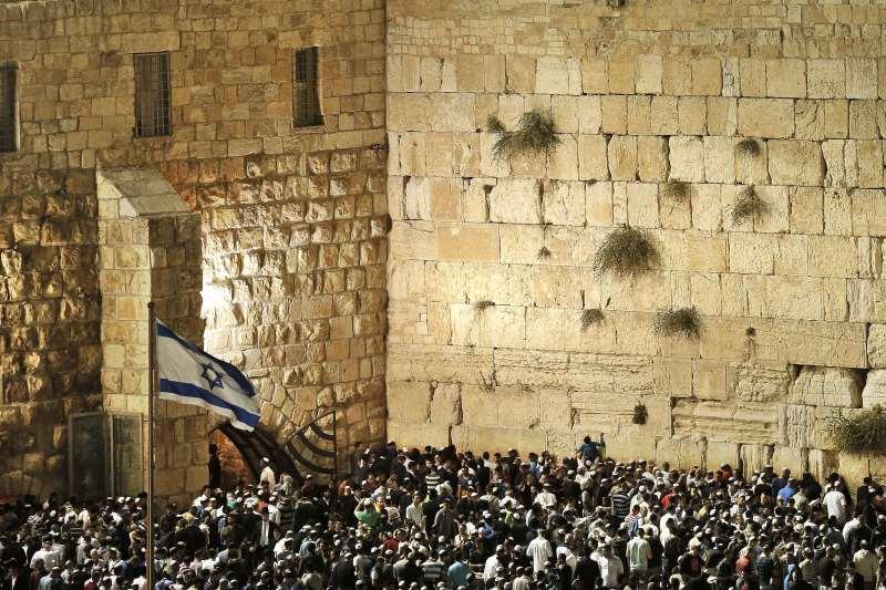 Mesajul premierului Victor Ponta pentru poporul evreu cu ocazia sarbatorii Ros Hasana